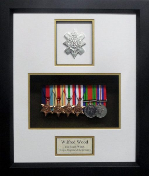 6 Medal Opening Frame with Badge and Text